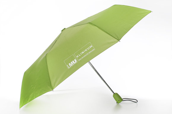Automatic pocket umbrella of the KUM